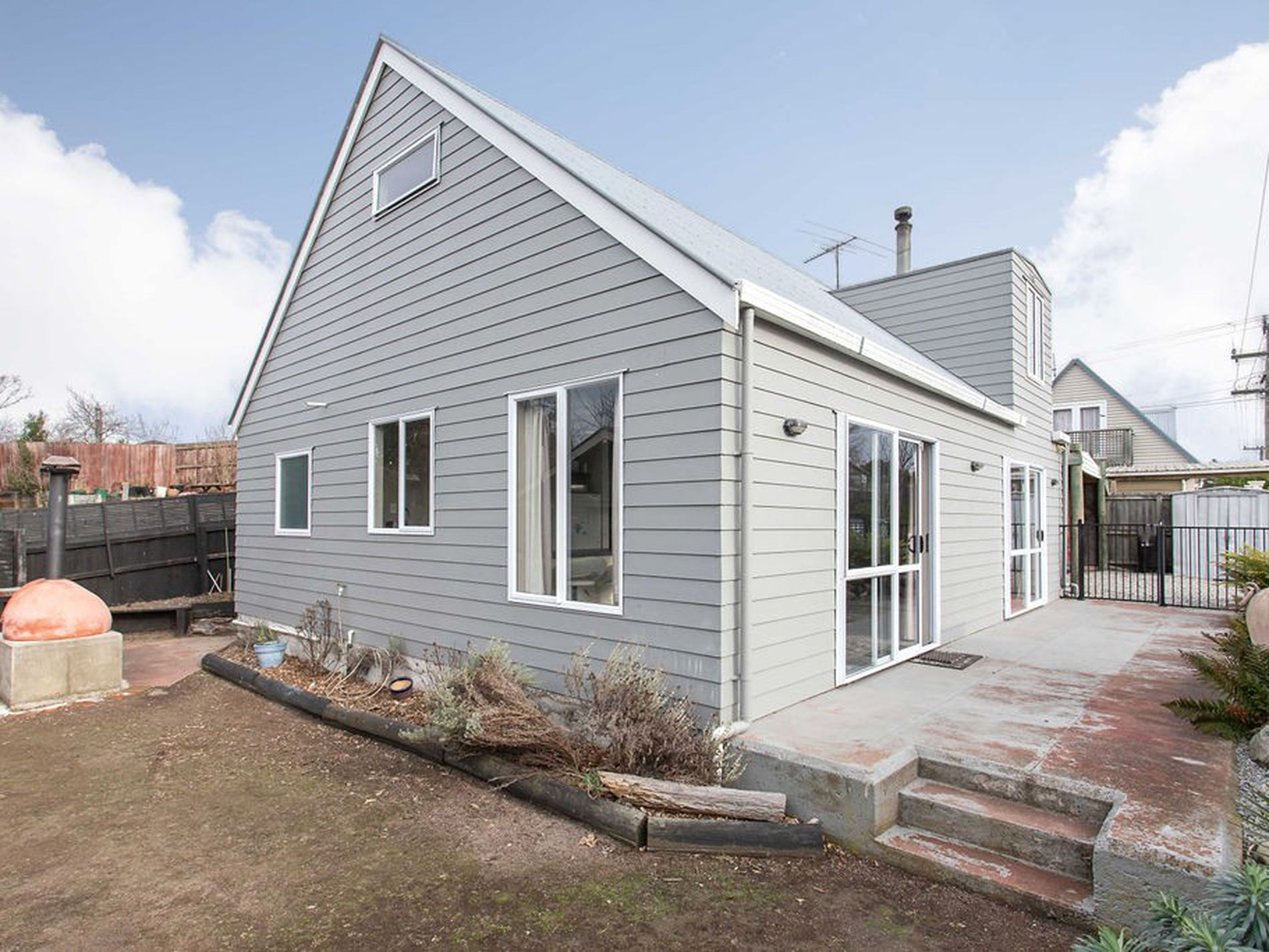 12B Rinaldi Avenue, Pines Beach