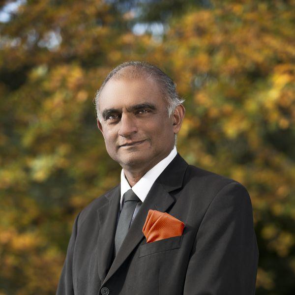 Dr. Bhimsen Kurukundi