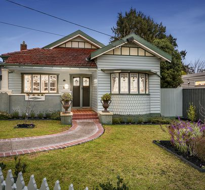 9 McGregor Avenue, Brunswick West