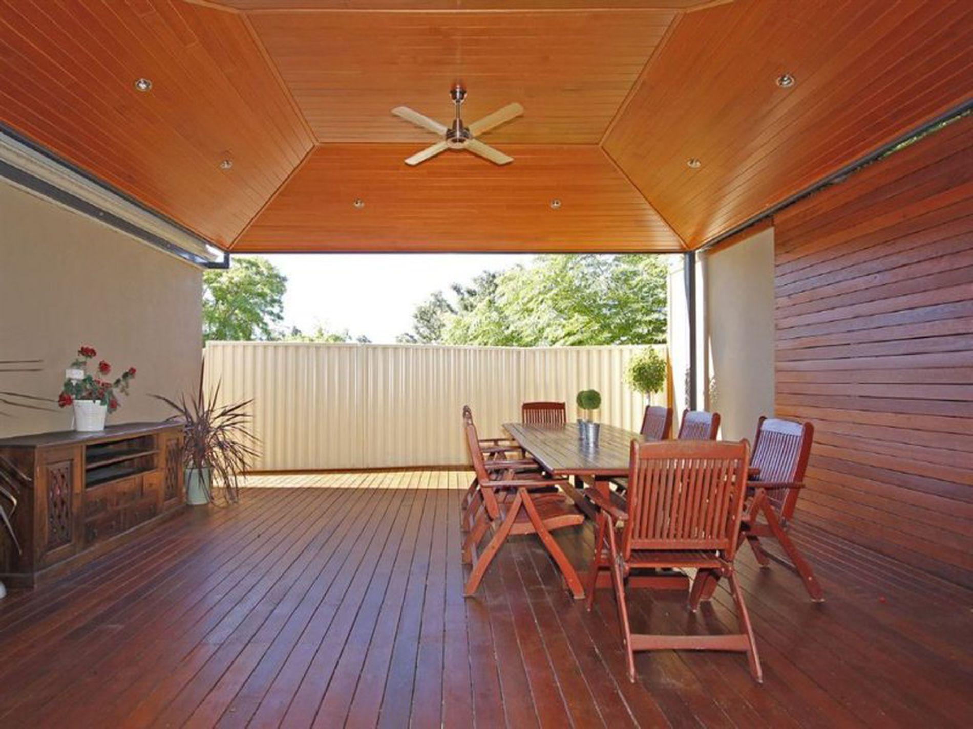 14A Lakeside Terrace, Mount Pleasant