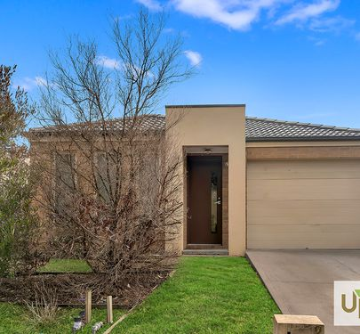 284 CASEY FIELDS BLVD, Cranbourne East