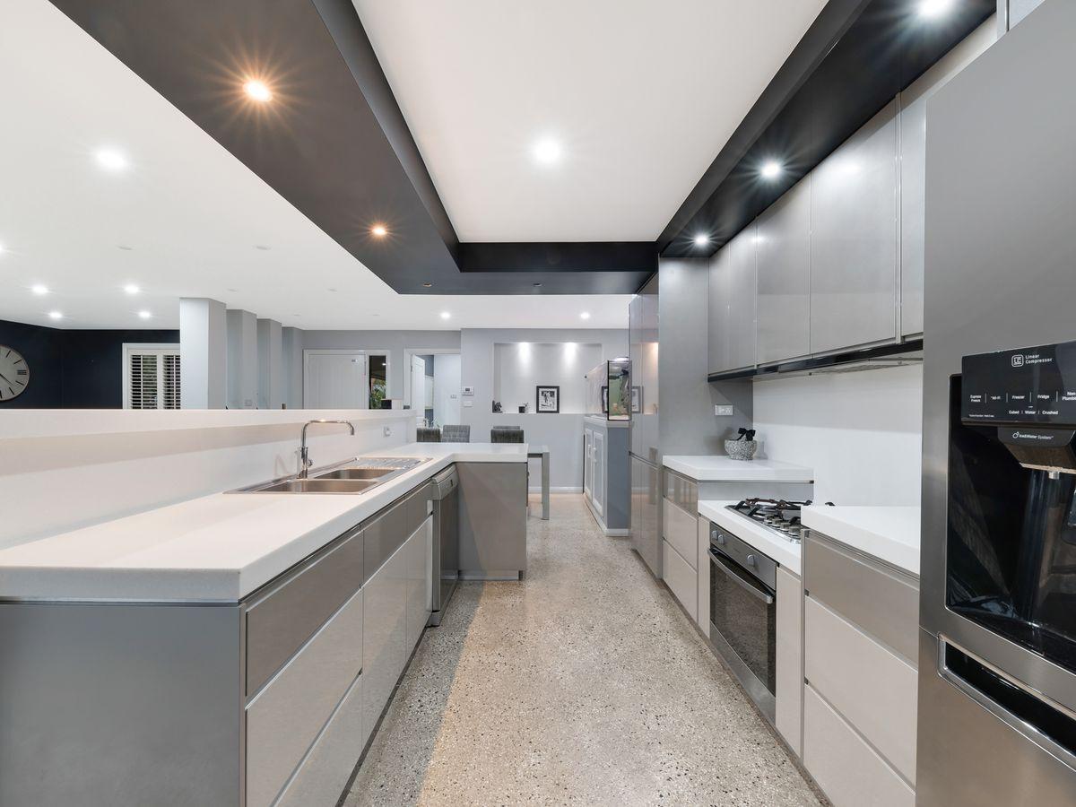 386 Macquarie Road, Springwood
