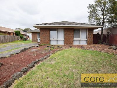 28 Beckington Crescent, Hampton Park