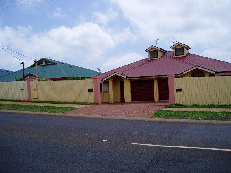 1 / 431 Hume Street, Toowoomba