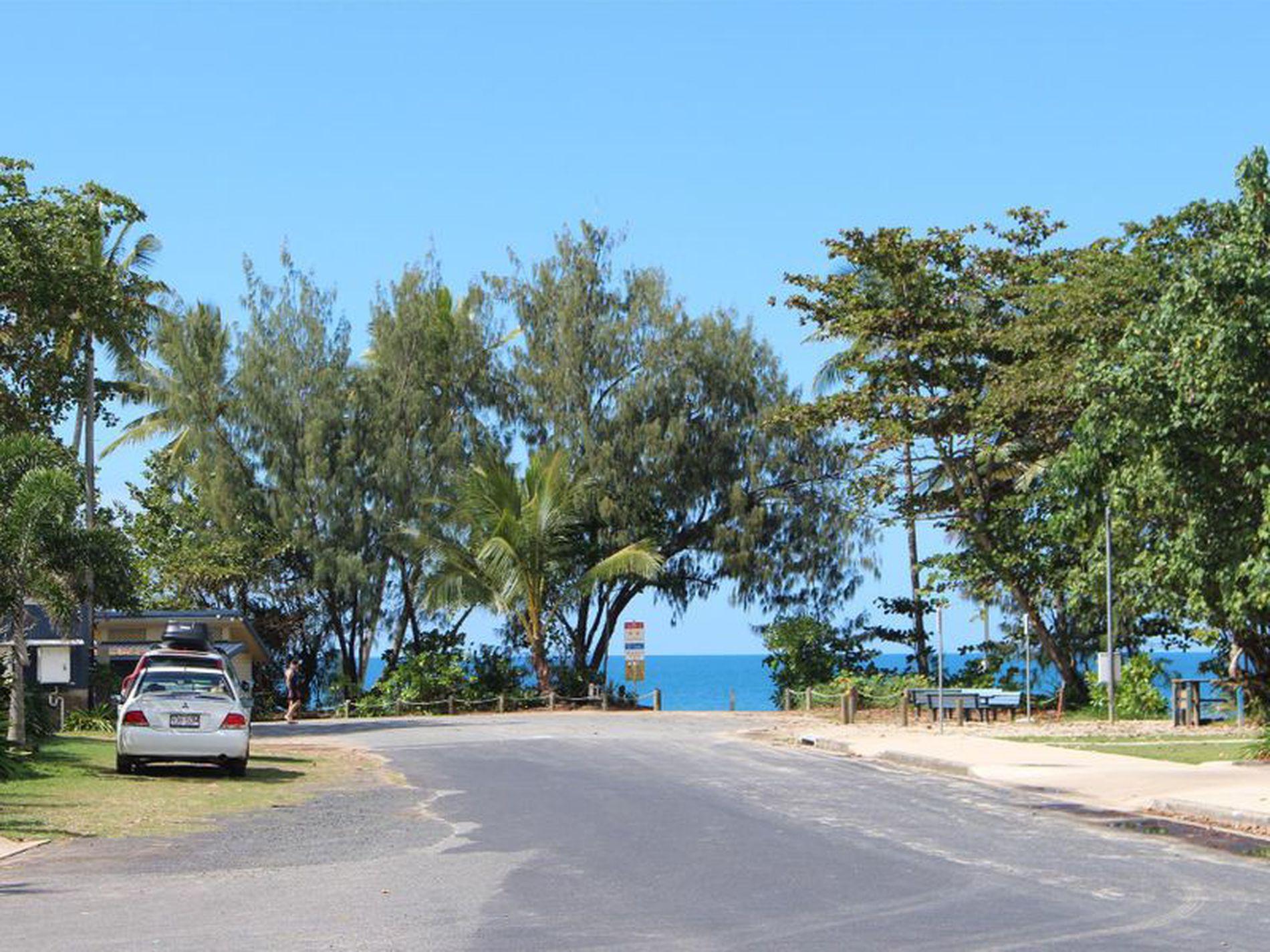 3 / 2 Donkin Lane, Mission Beach