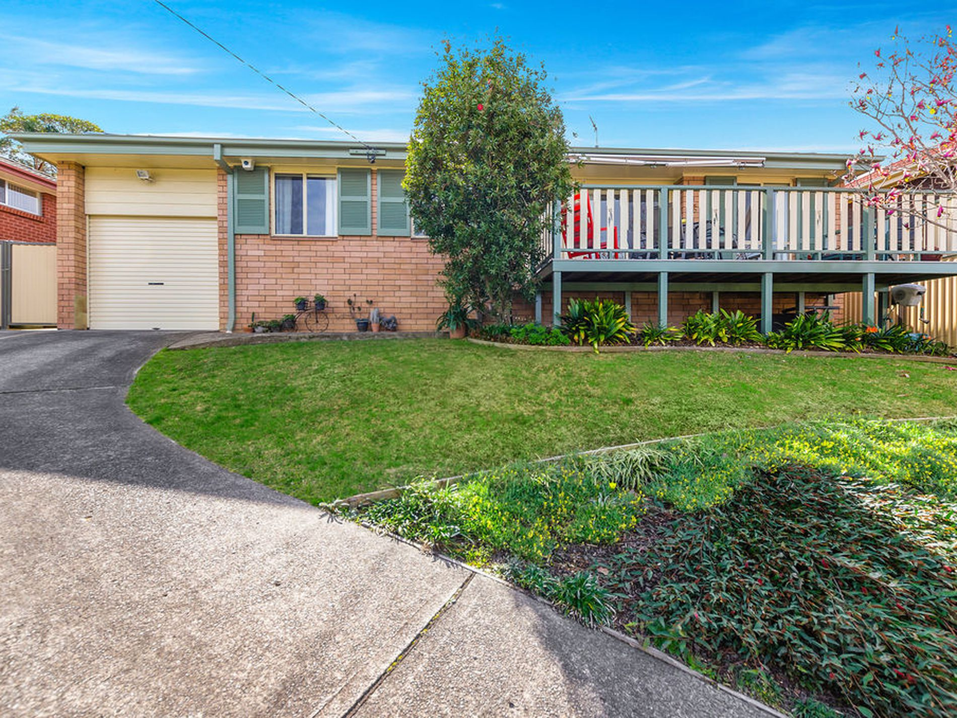 58 Stanley Avenue, Farmborough Heights