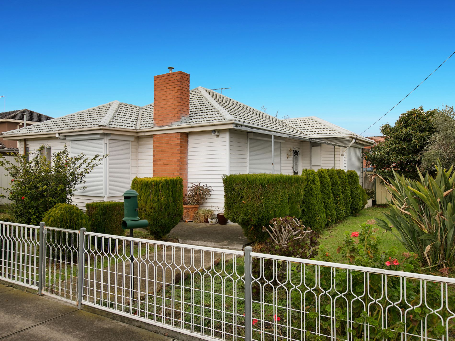 6 Camperdown Avenue, Sunshine North