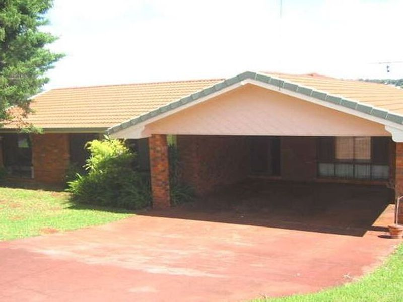 38 Agnes Street, Centenary Heights