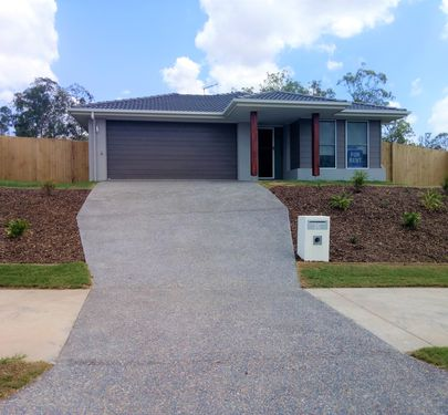26 Soho Drive, Deebing Heights