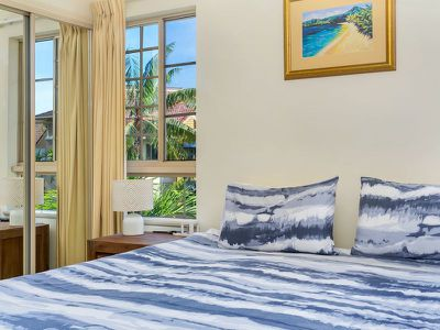 716 / 2-10 Greenslopes Street, Cairns North