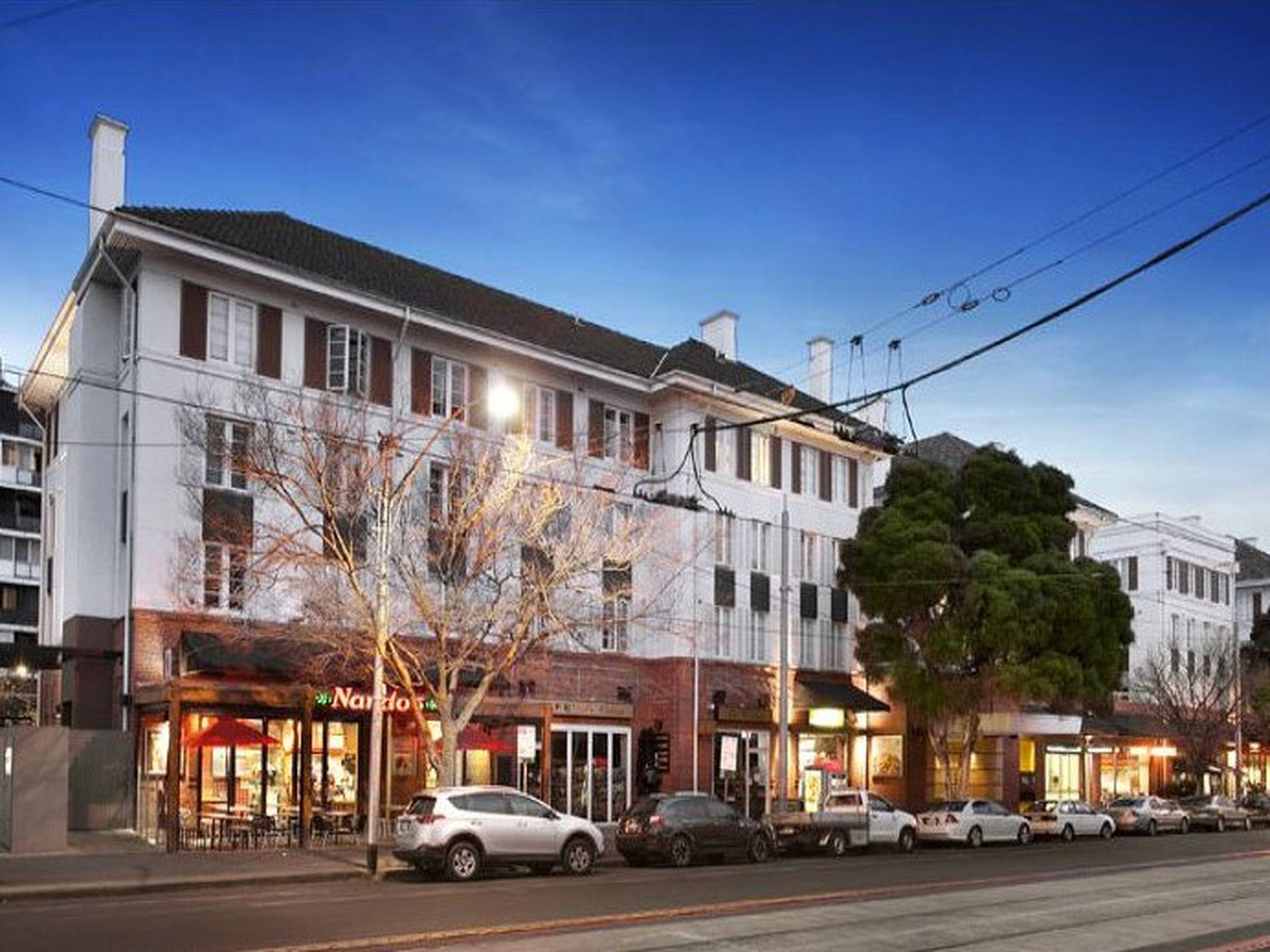 304 / 9 Commercial Road, Melbourne