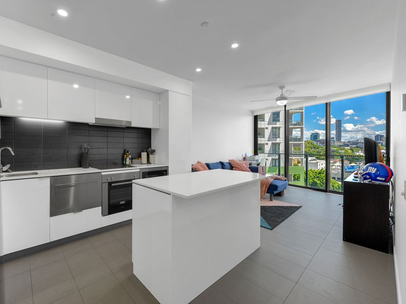 1107 / 10 Trinity Street, Fortitude Valley