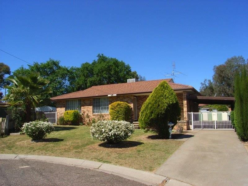 8 Frederick Place, Tamworth