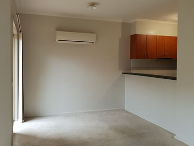 4 The Glades, Taylors Hill