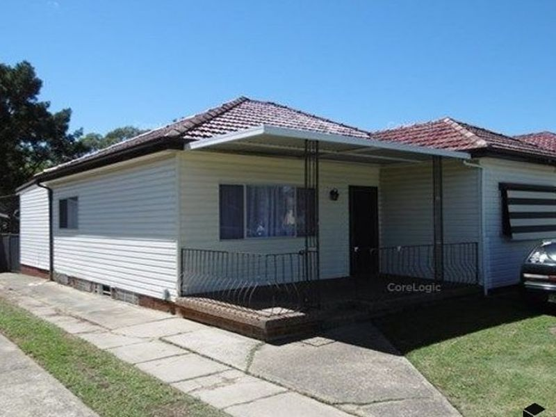121 Centenary Road, South Wentworthville