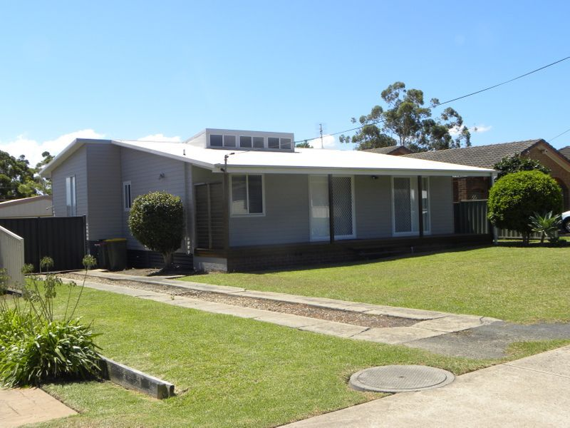 9 Lyons Rd, Sussex Inlet