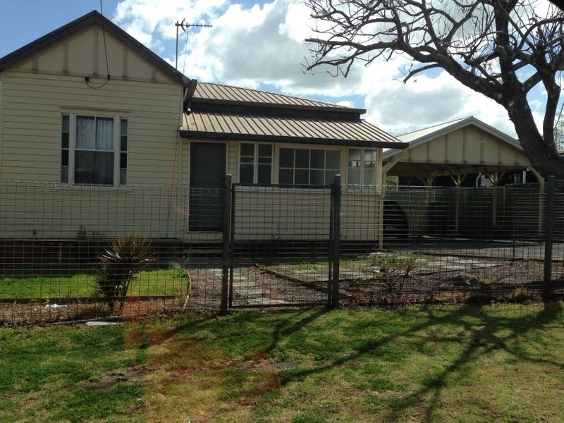 367 Hume Street, South Toowoomba