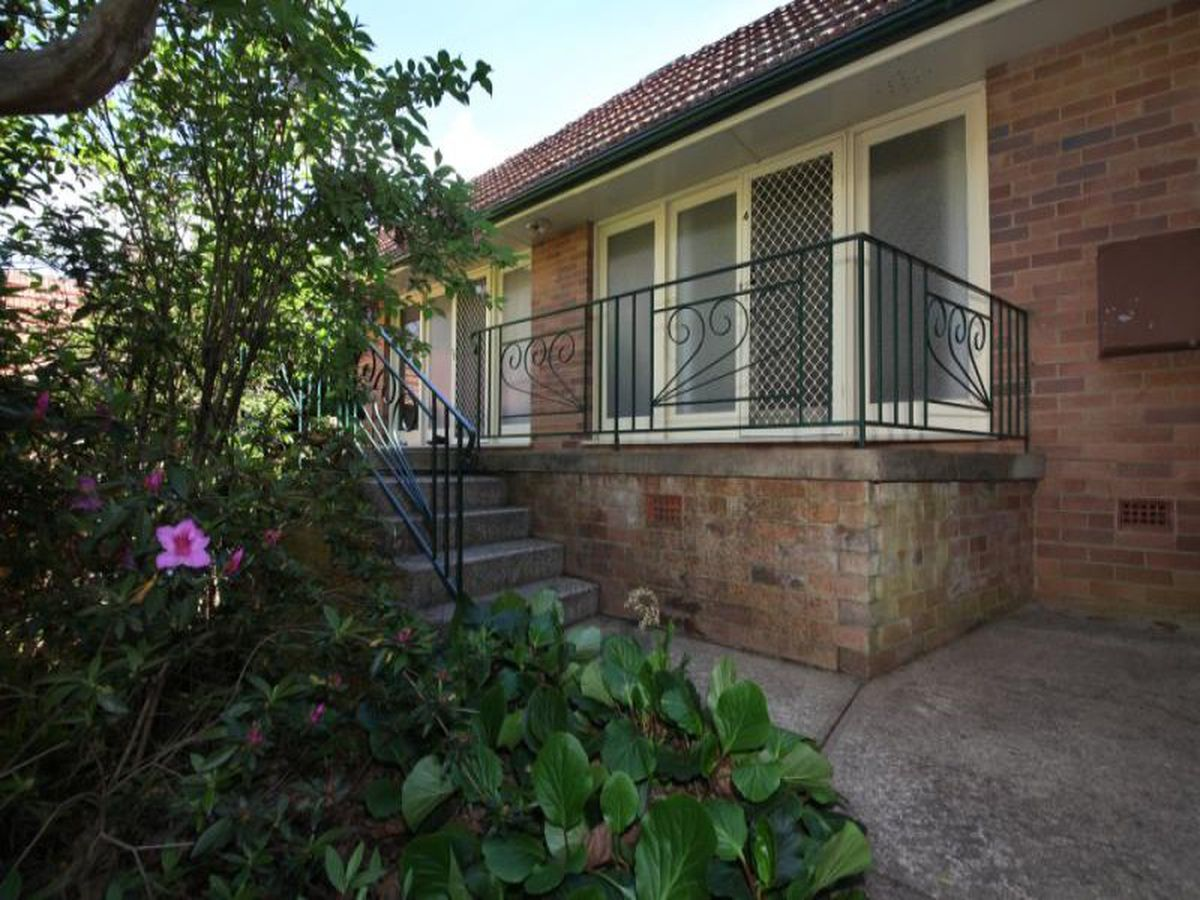 4 / 100 Macquarie Road, Springwood