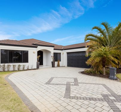 105 Brenchley Drive, Atwell