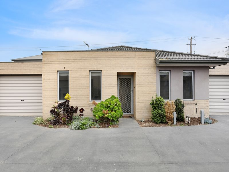 4 / 579-581 Geelong Road, Brooklyn