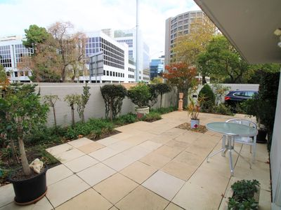 1 / 1 Domain Street, South Yarra