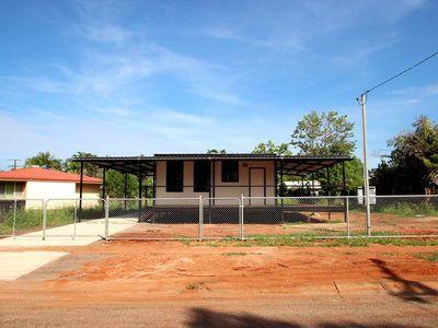 2 Kurrajong Court, Katherine East