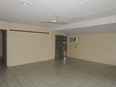 14 Mackay Street, Moranbah