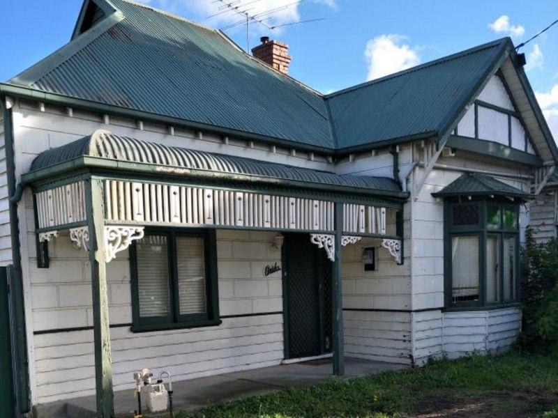 127 Ballarat Road, Footscray