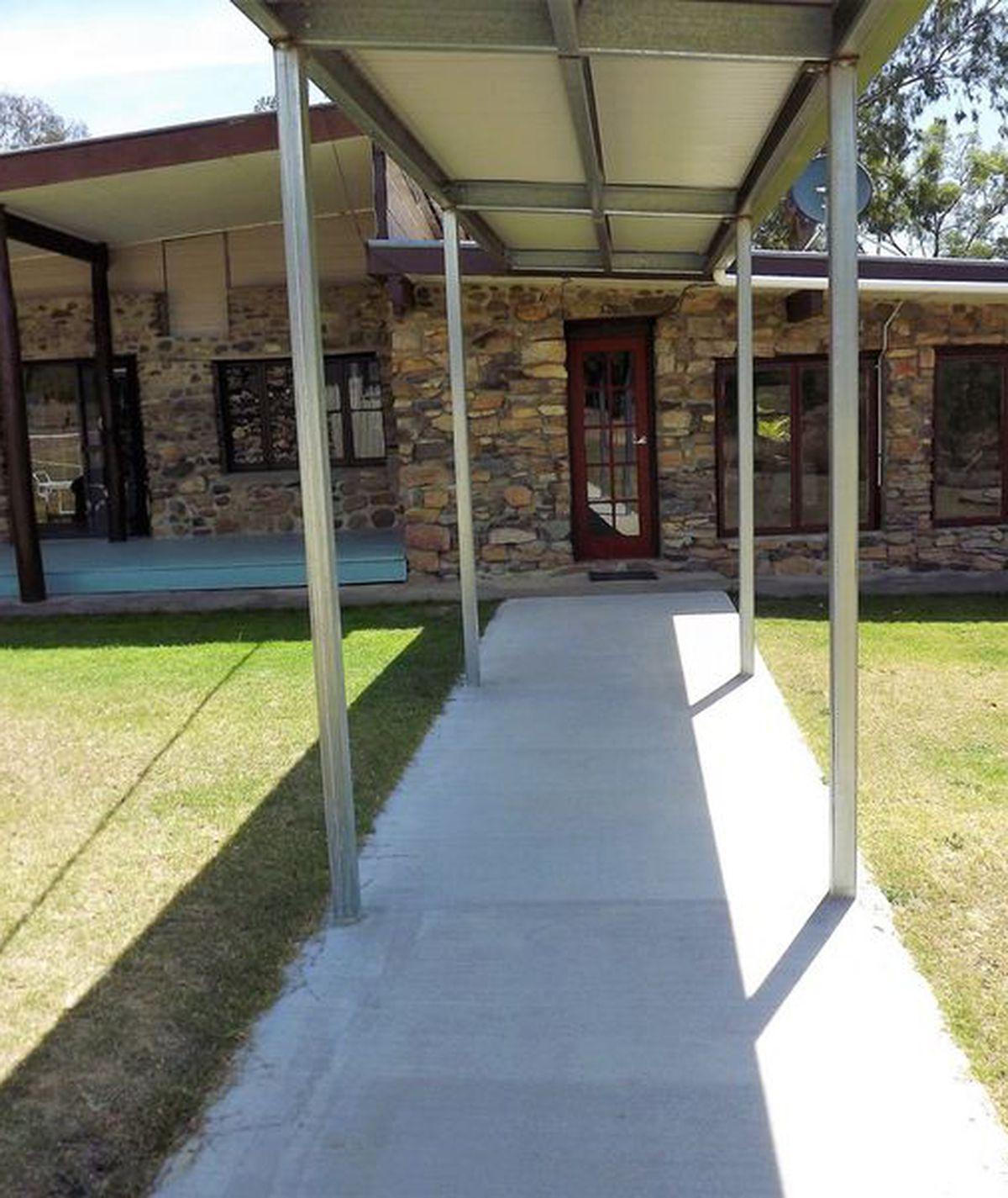 940 Camp Creek Road, Atholwood