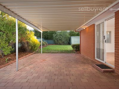 9 LIGHTWOOD DRIVE, Wodonga