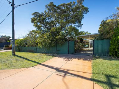 1B Stedham Way, Balga