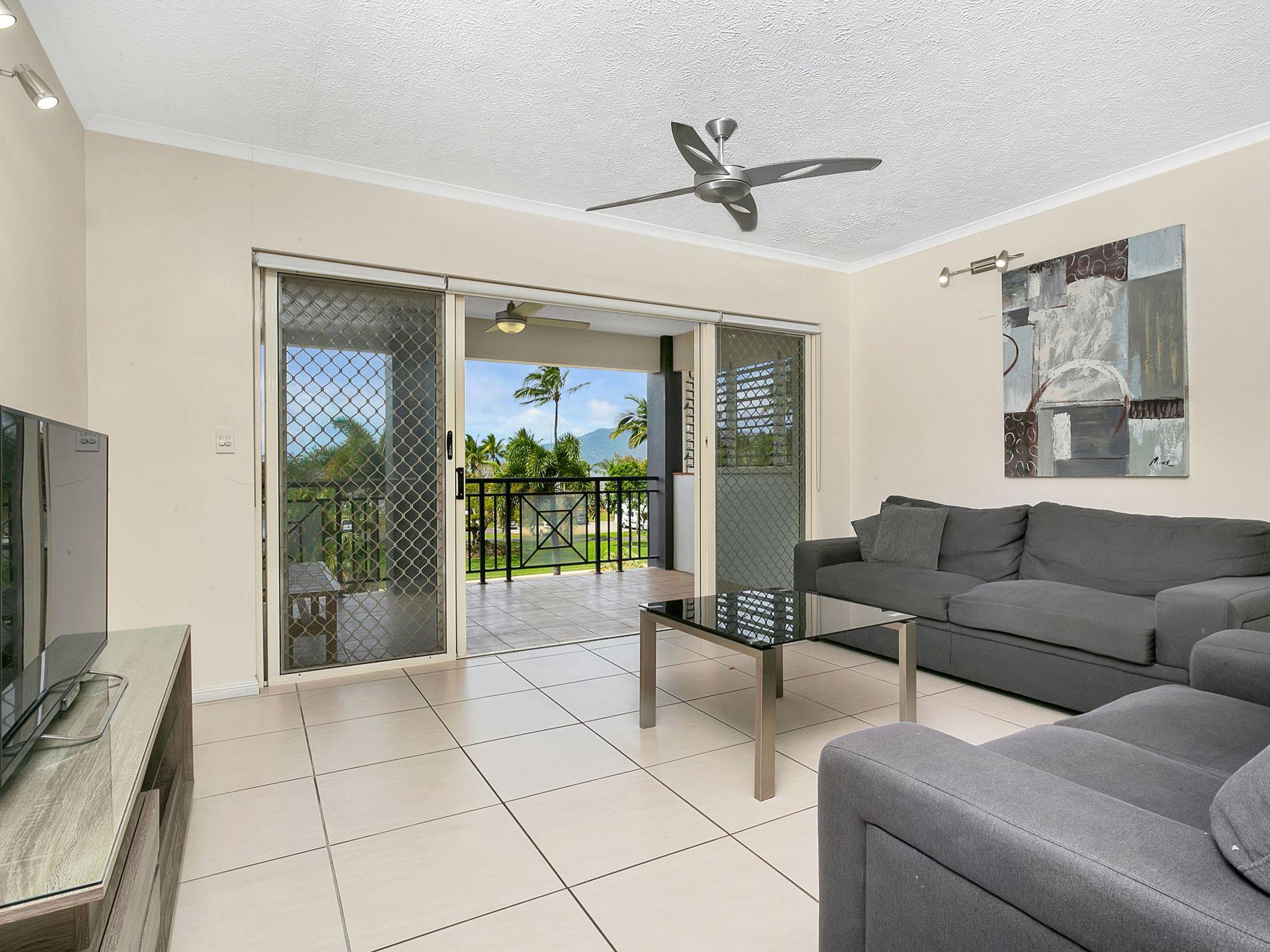 25 / 275 Esplanade, Cairns North