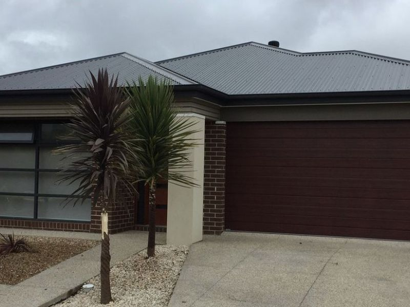13 Knight Avenue, Point Cook