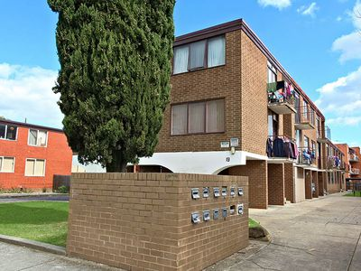 1/19 Empire Street, Footscray