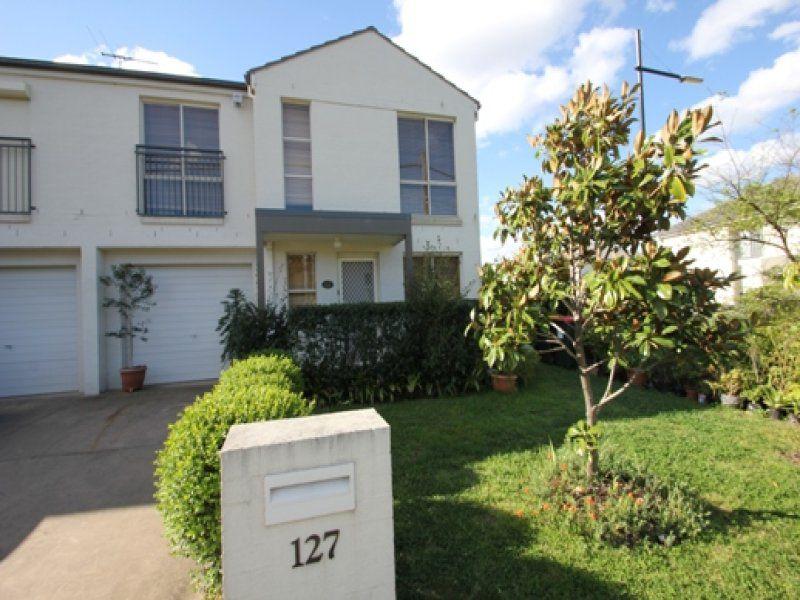 127 Doonside Crescent, Woodcroft