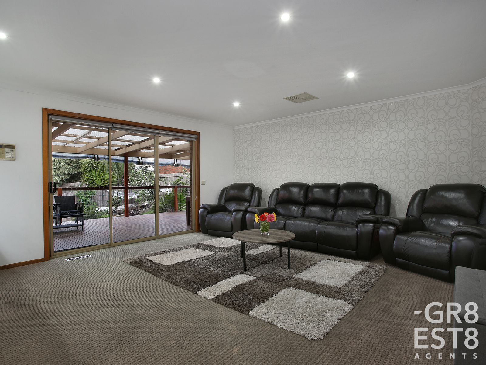 11 Evonne Court, Endeavour Hills