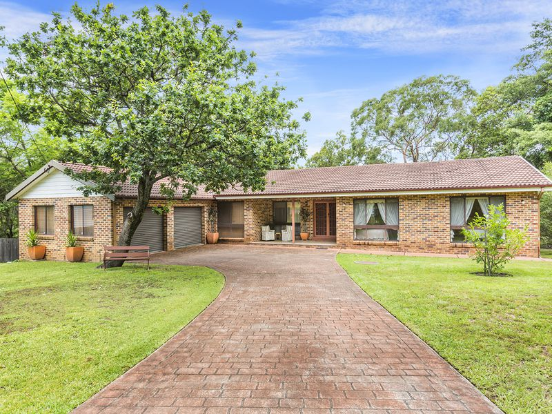 8 Sir Henrys Parade, Faulconbridge