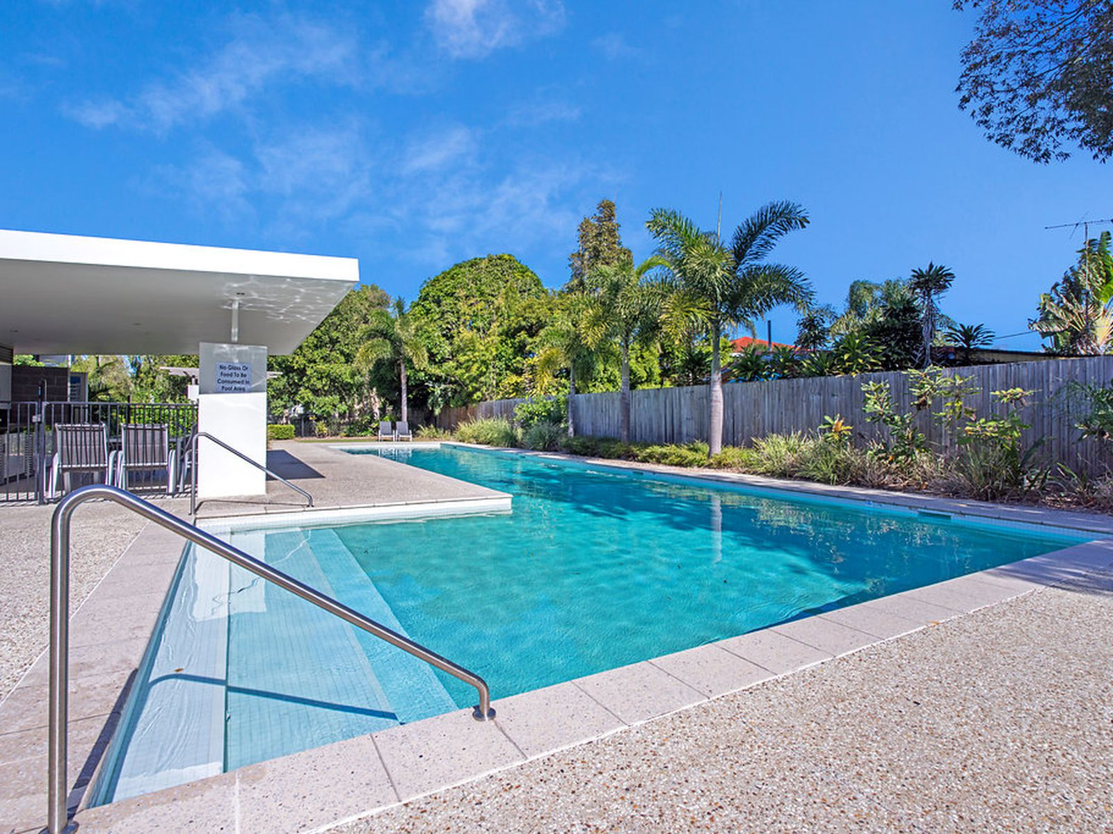 5 / 2  Gaven Crescent, Mermaid Beach