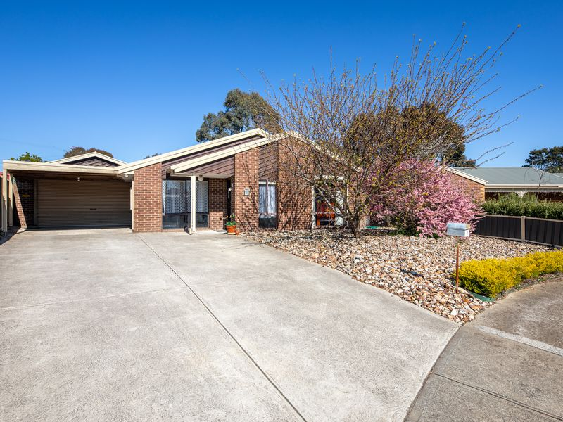 4 Freestone Court, Kilmore