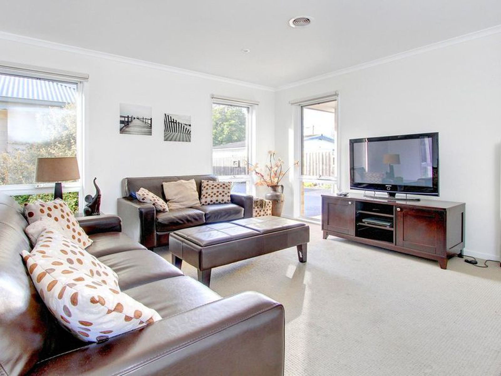 2 / 58 First Avenue, Rosebud
