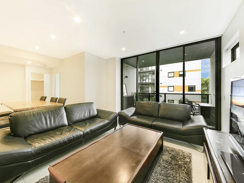 413 / 1 George Julius Avenue, Zetland