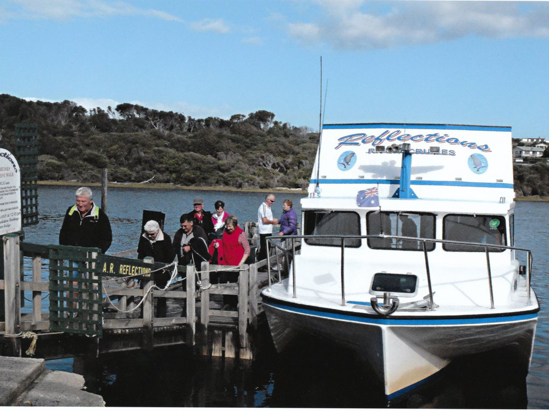 Arthur River Holiday Units, Shop & River Cruise Package