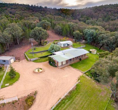 300 Packham Drive, Molong