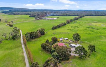 79 Stringy Bark Road, Burrungule