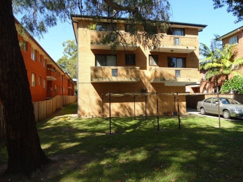 4 / 17 Castle Street, North Parramatta