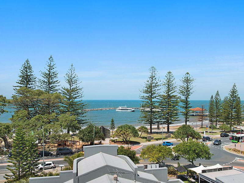 303 / 185 Redcliffe Parade, Redcliffe