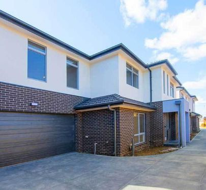 2 / 109 McNamara Avenue, Airport West