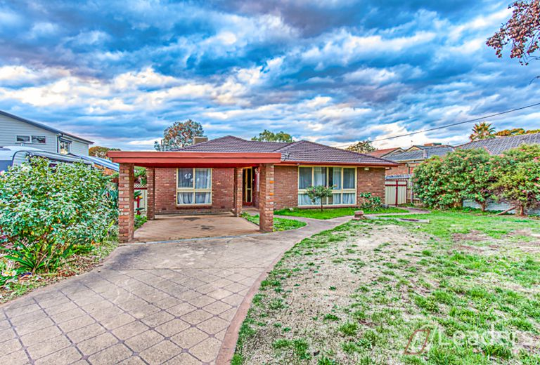9 Richborough Grove, Ferntree Gully