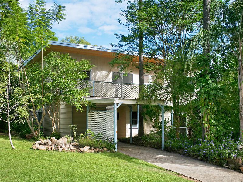 30 Dobell Street, Indooroopilly