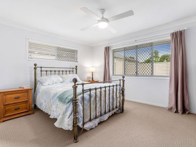 12 Yering Place, Wynnum West